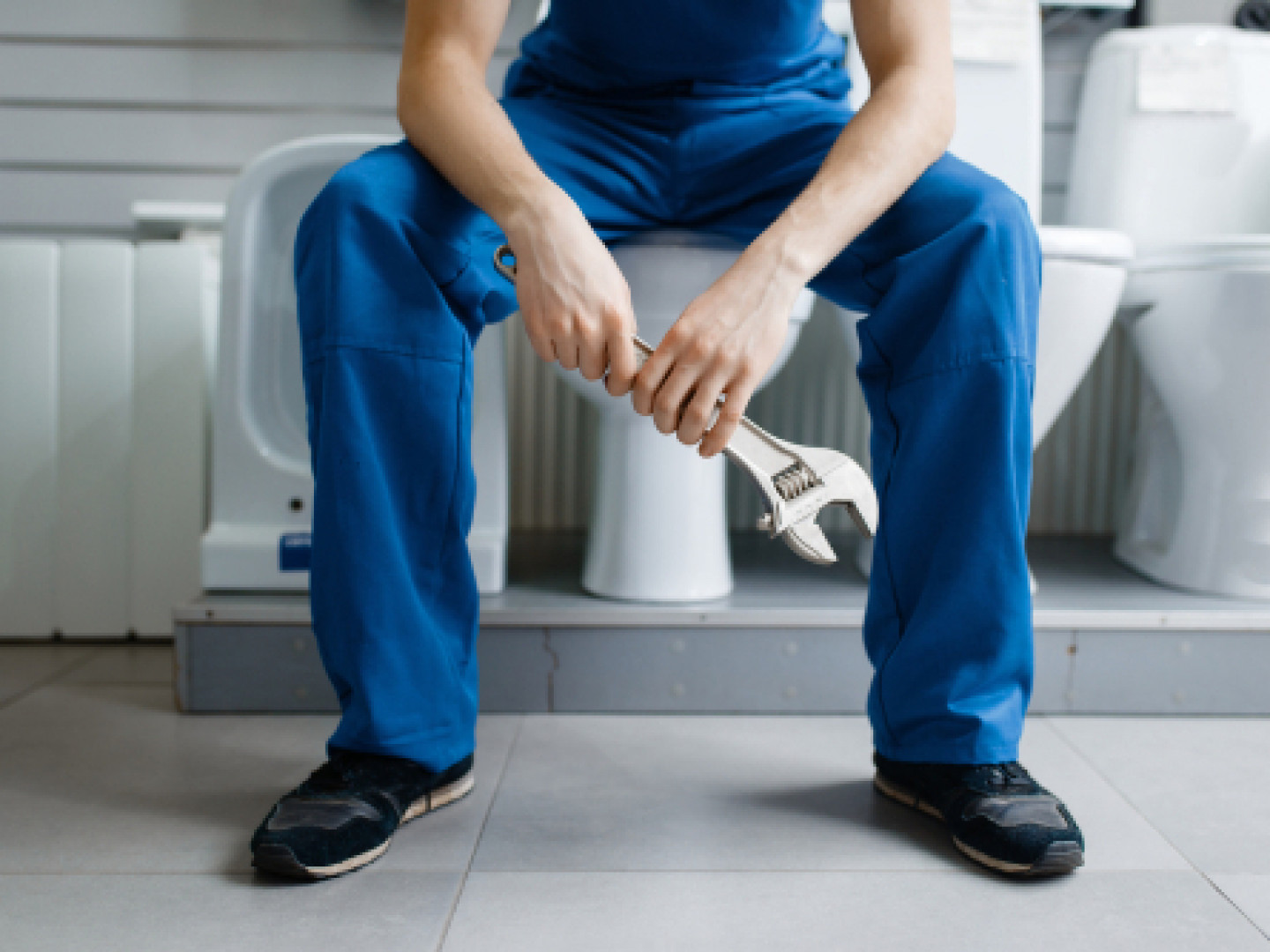 5 signs it's time to call a plumber